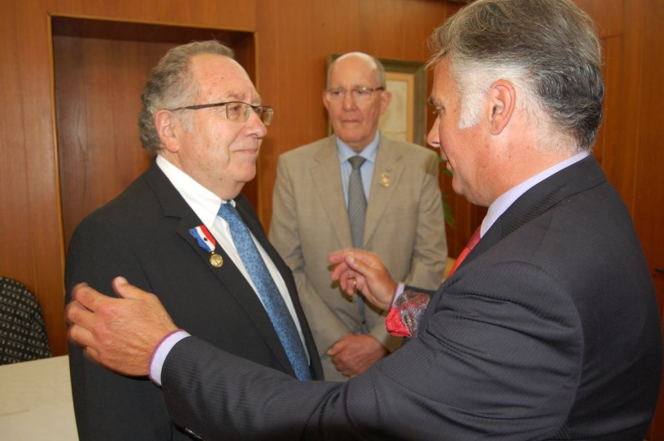 Me Henri Nappi décoré de la Médaille de Bronze du Souvenir Français