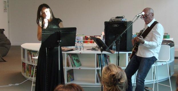 Festa di a lingua in Bastia : Quand Patrizia chante … Patrizia