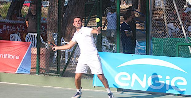 Championnats de Corse de tennis à Calvi : Côté courts, côté club-house