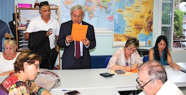 A Calvi Jean-Martin Mondoloni devance Jean-Félix Acquaviva de 147 voix mais...