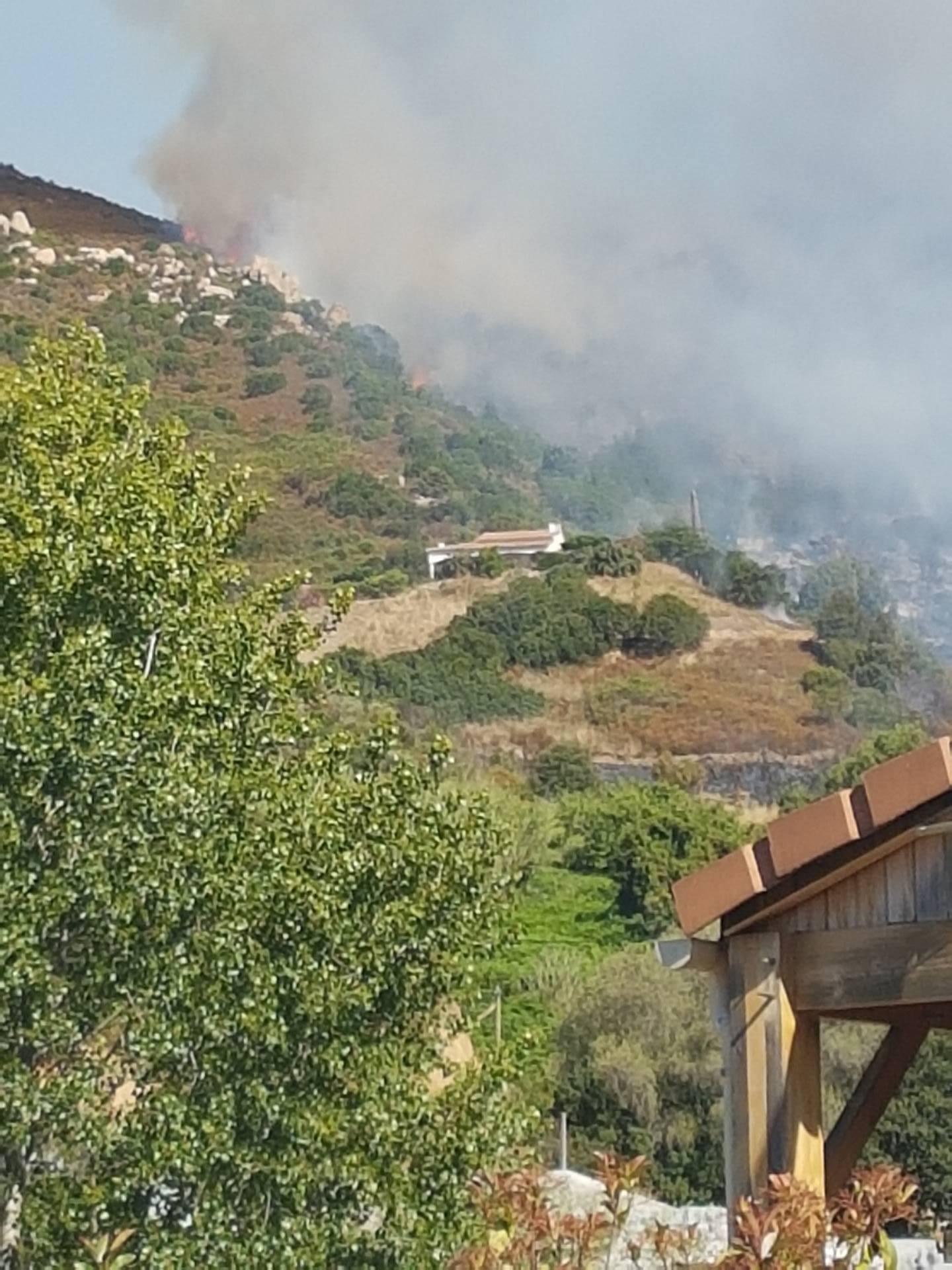 Important début d'incendie sur la route d'Alata