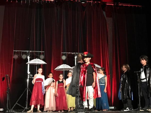 Du théâtre pour la fête de fin d'année de l'école Kalliste de Ville-di-Pietrabugno