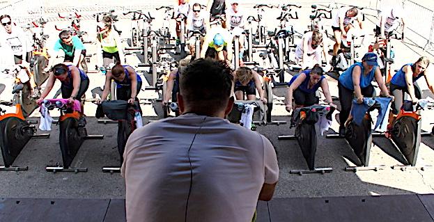 « Ghjustra di biking nustrale in Bastia » : Le succès sur la place du Marché