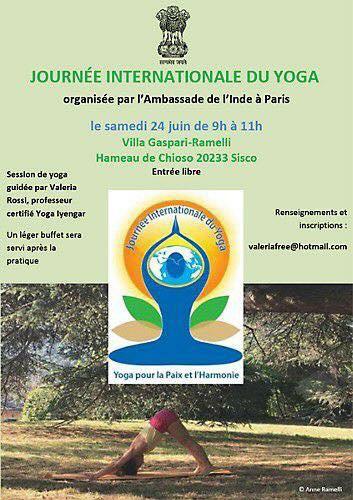 Sisco célèbre la journée internationale du Yoga