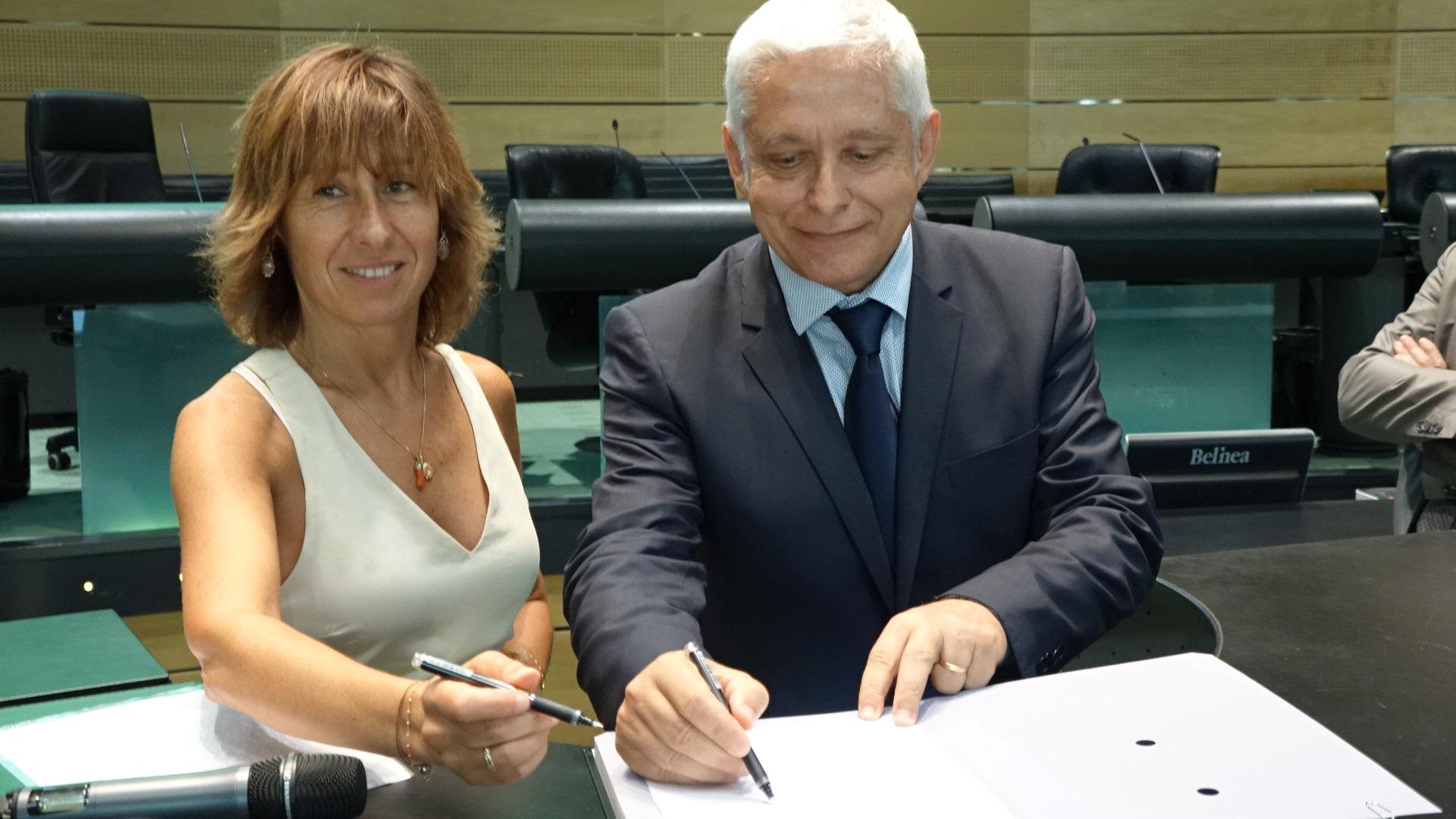Marie-Dominique Cavalli, présidente de l'ordre régional des experts-comptables et Alex Vinciguerra, président de la caisse de développement de la Corse
