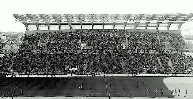 Furiani en noir et blanc : Le Sporting en National !