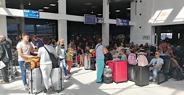 Vent violent : Trafic sérieusement perturbé à l'aéroport Calvi-Balagne