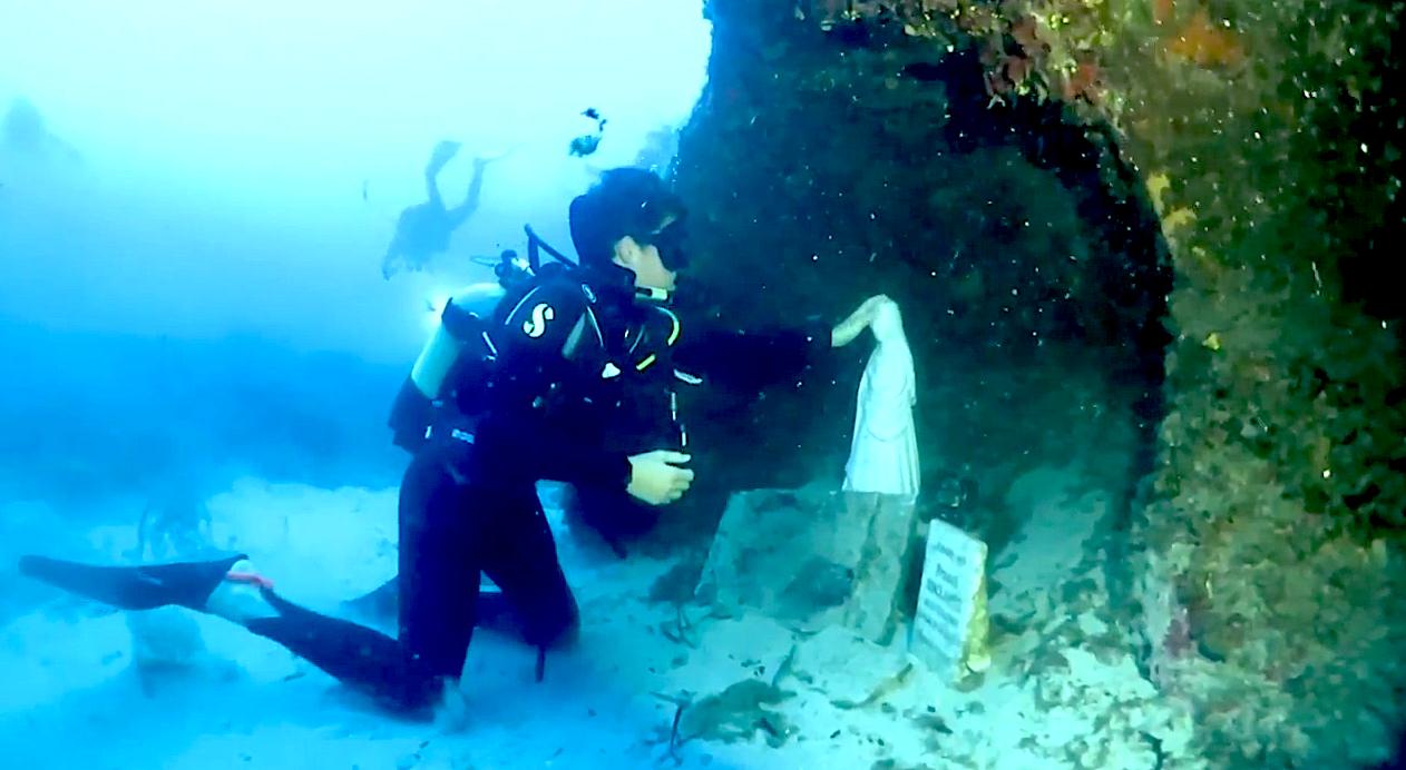 Calvi : Procession et bénédiction sous-marines en vidéo