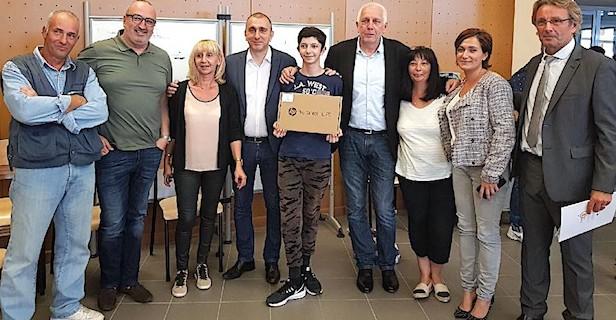 Collège du Fium'Orbu : 181 élèves de 4eme ont reçu une tablette numérique