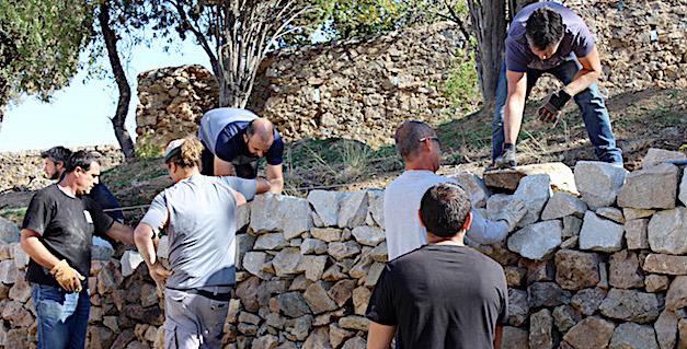 10ème formation à la restauration des murs en pierres sèches pour les agents publics en Balagne