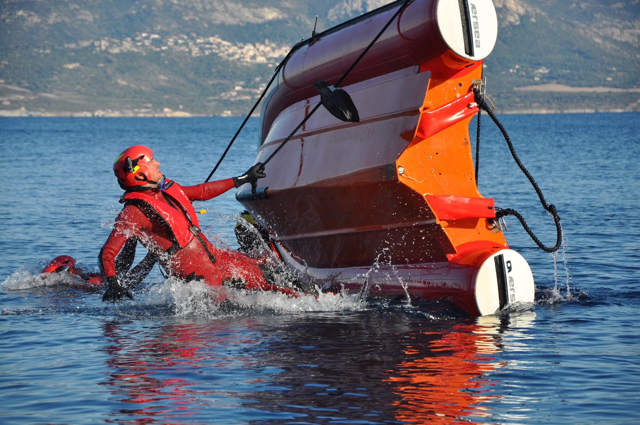 Furmazione di spenghji fochi in u mare di a Staréso