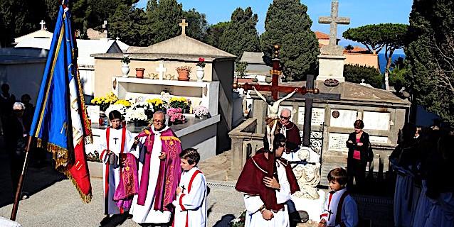 Cérémonies à Calvi pour honorer les défunts