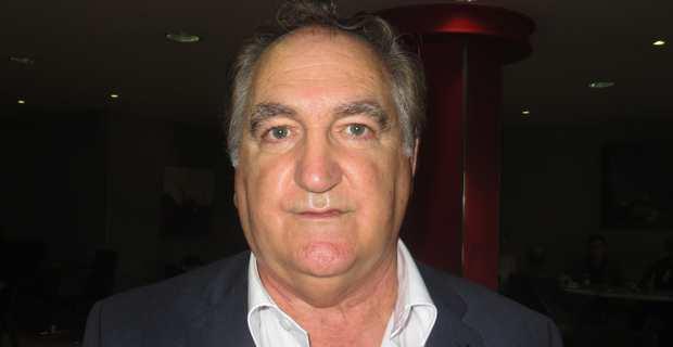Charles Giacomi, maire de Pruno et tête de liste « Front national - Rassemblement pour une Corse républicaine » pour les élections territoriales des 3 et 10 décembre prochains.
