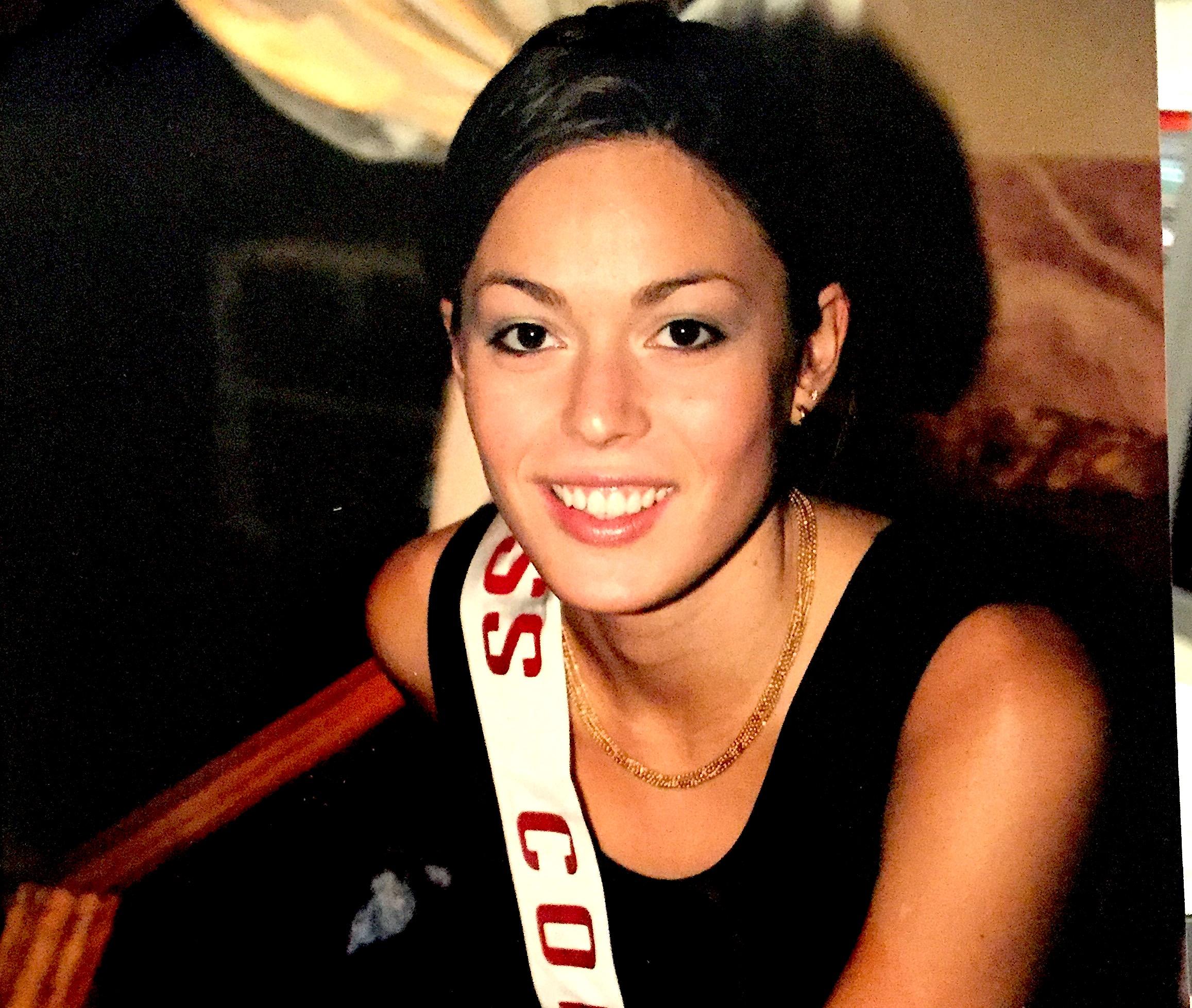 Miss Corse est devenue Première dauphine de Miss France en 2001