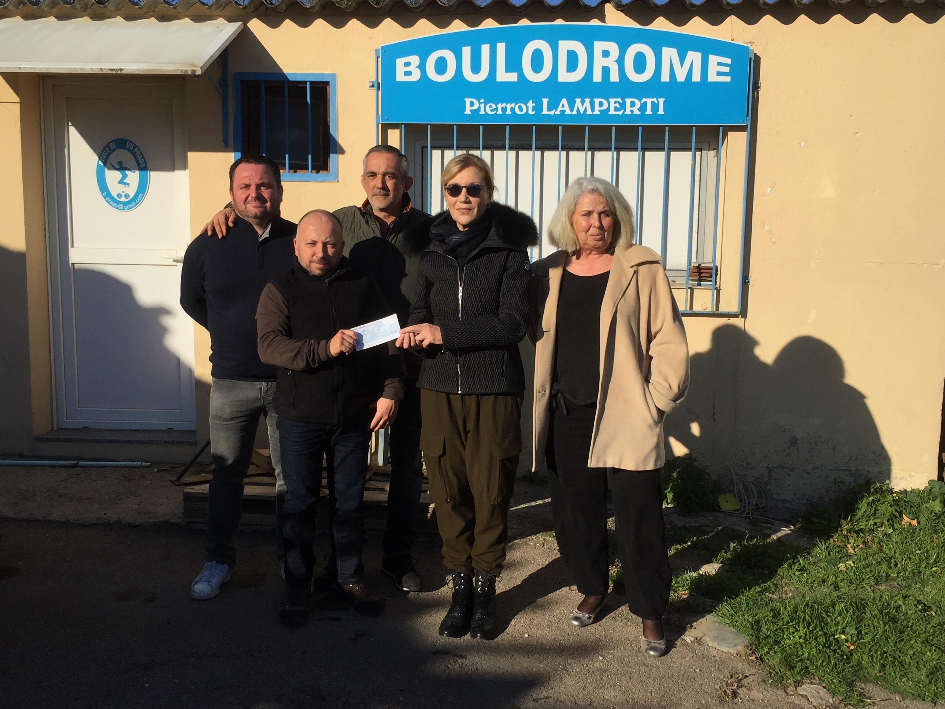 Boule du Prado : Un chèque de 1 600 € pour la Marie Do