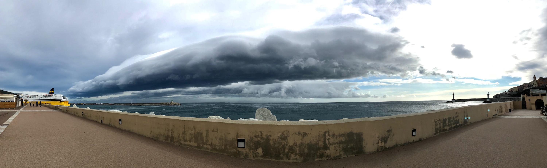Bastia : Tempête sur la ville