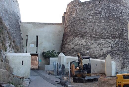 Les riverains de la citadelle de Calvi rassurés par la municipalité