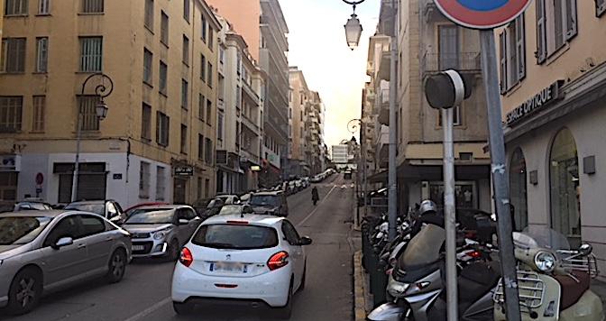 Avenue Beverini-Vico : On attend le premier coup de pioche