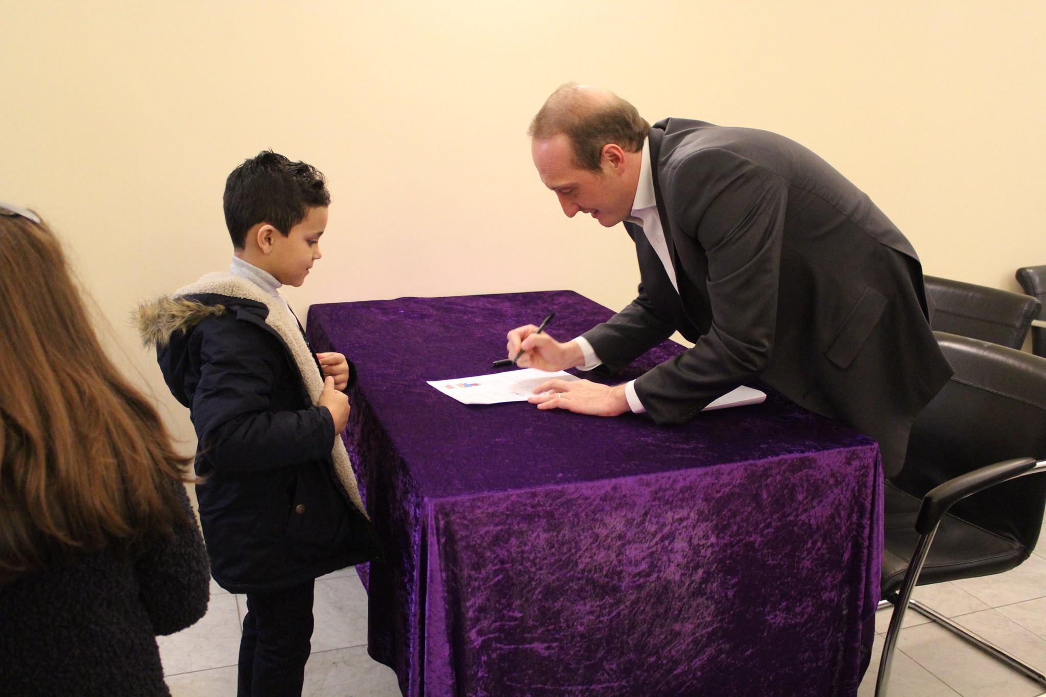 """Signature d'un """"Contrat coup de pouce"""""""