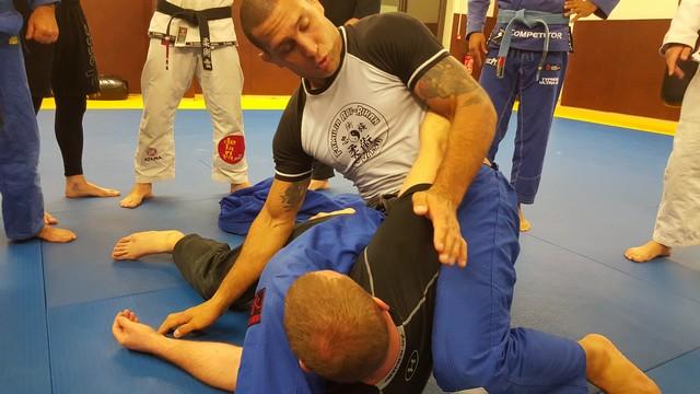 Le champion du monde de jiu-jitsu hôte du club Tarra Maré à Calvi