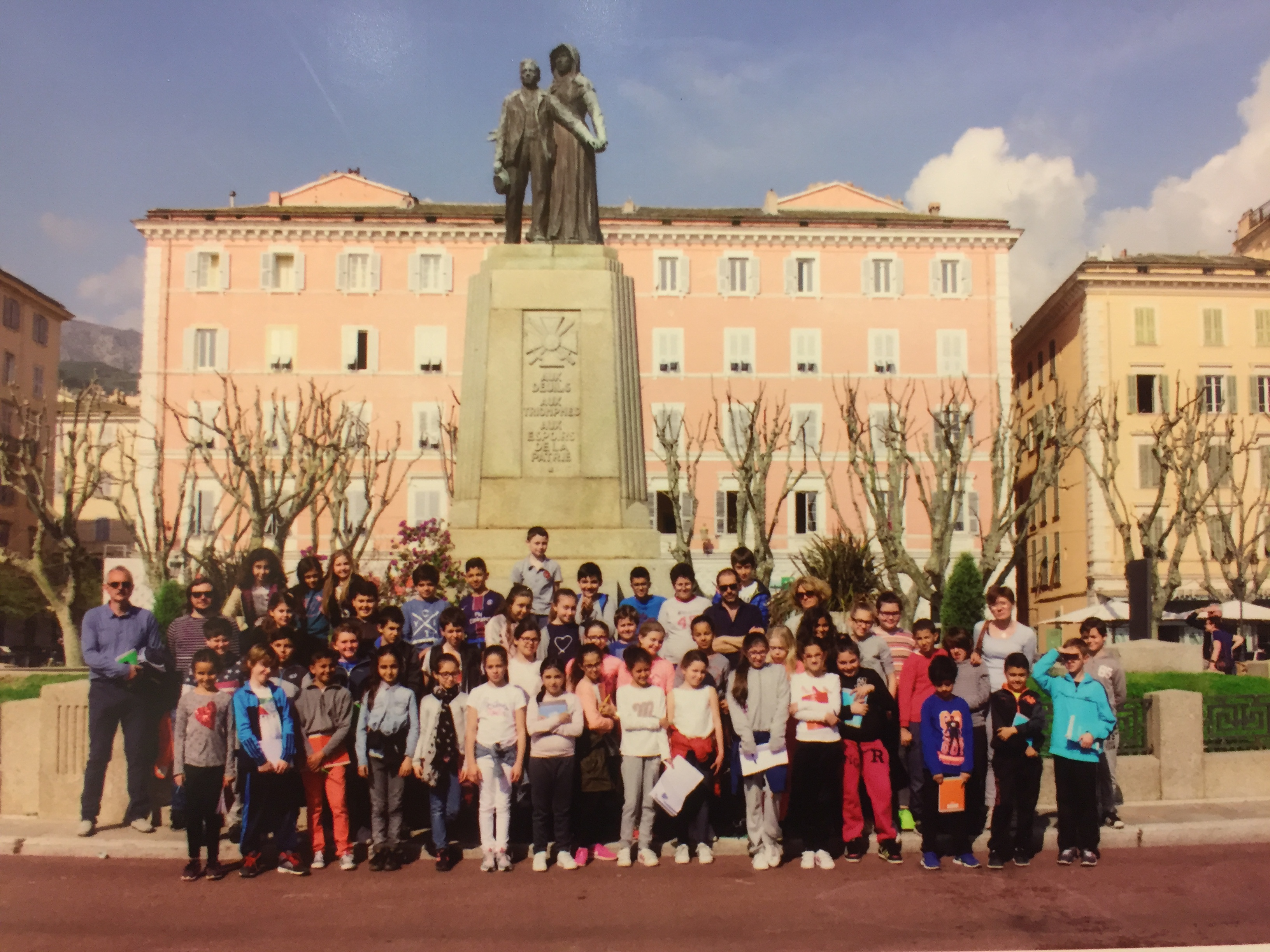 Les élèves de CM1, CM2 et 6ème de St Joseph (Bastia)