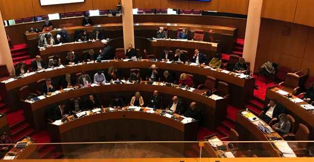 Relations Corse –Paris : L'Assemblée de Corse vote une résolution destinée au président Macron