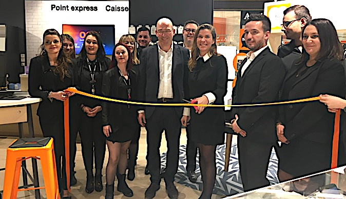 Le smart store d'Orange débarque à l'Atrium