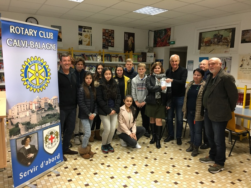 Remise de chèque du Rotary au collège de lIle-rousse