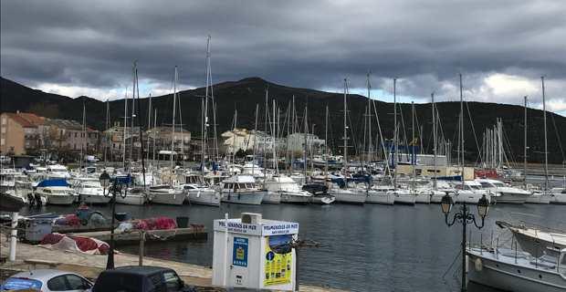 Le port de Macinaggio, commune de Rogliano.