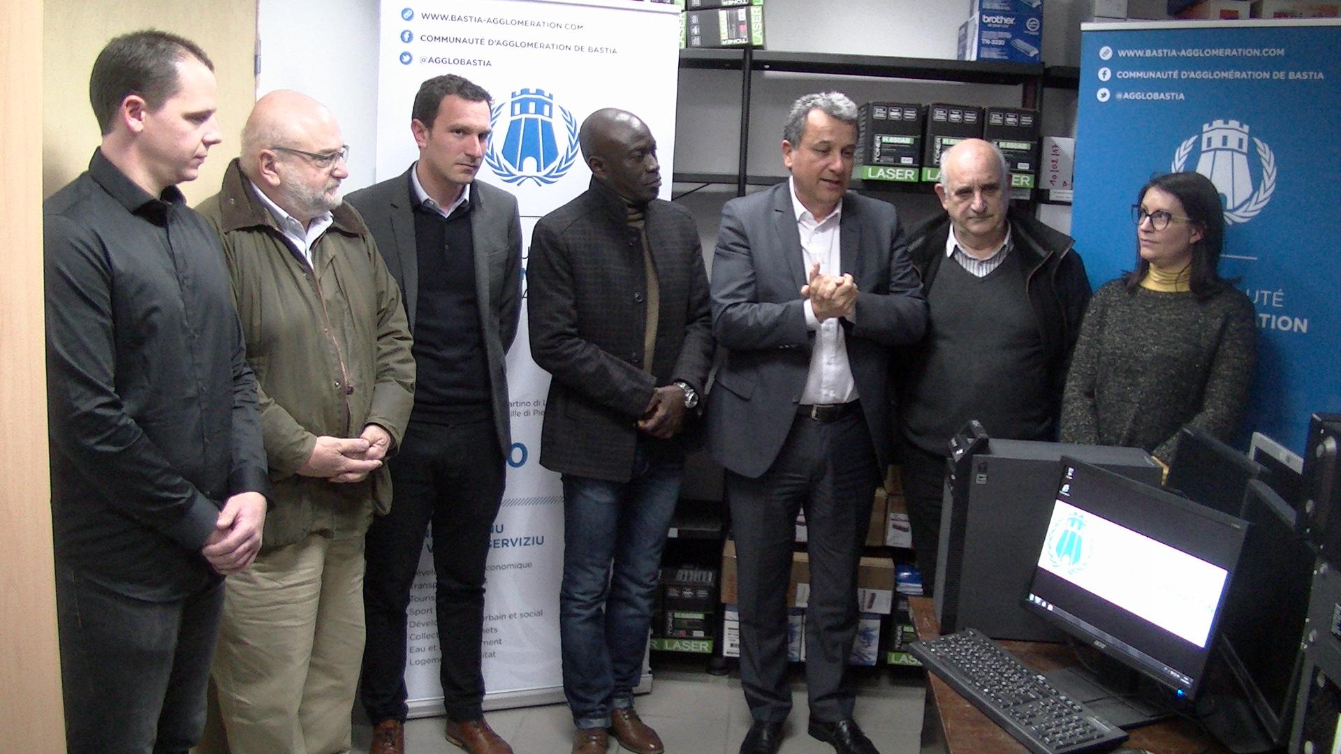 Bastia : Connexion haut-débit entre la CAB et l'association Corsenegal de Mamadou Faye