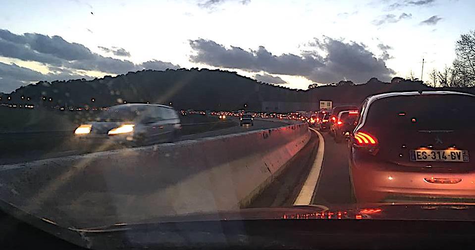 Ajaccio : le grand embouteilage (Photo Gwendolyne Leignel)