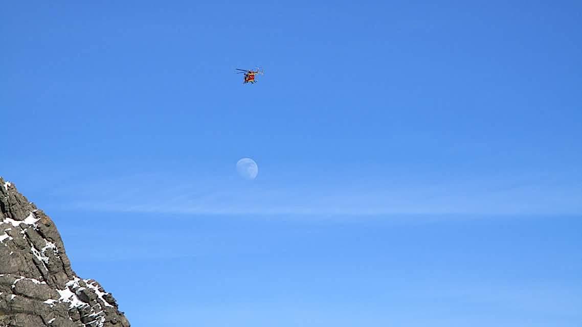 La photo du jour : Le Cintu, Dragon 2B et la Lune !