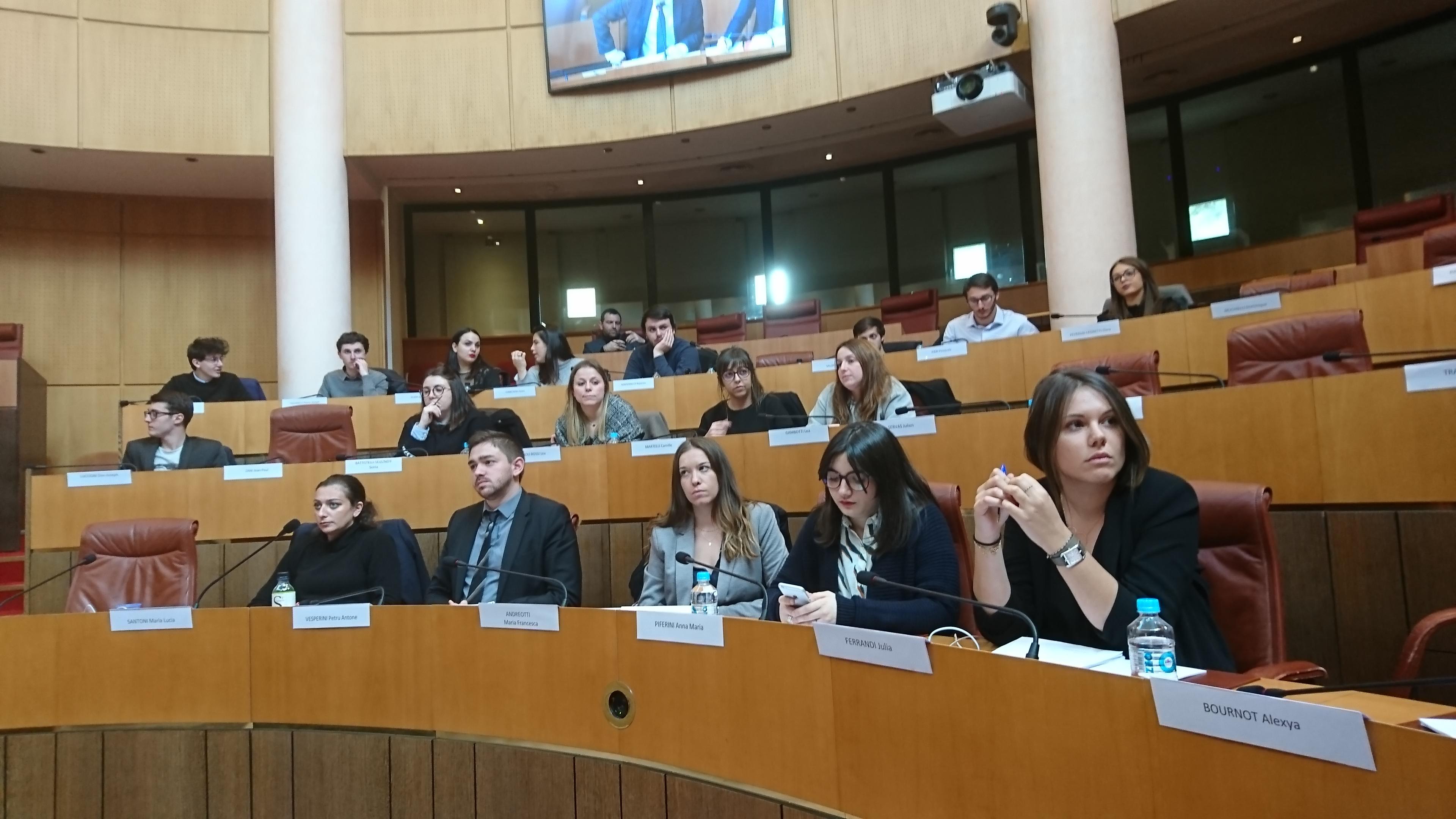Les jeunes membres de l'Assemblea di a Giuventù, réunis ce mercredi au siège de la Collectivité de Corse, ce mercredi.
