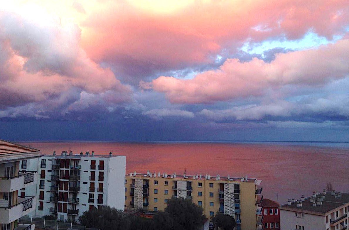 La photo du jour : Mer… rouge à Bastia