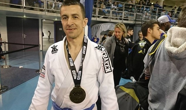 Rafal Boguzsewski remporte l'or