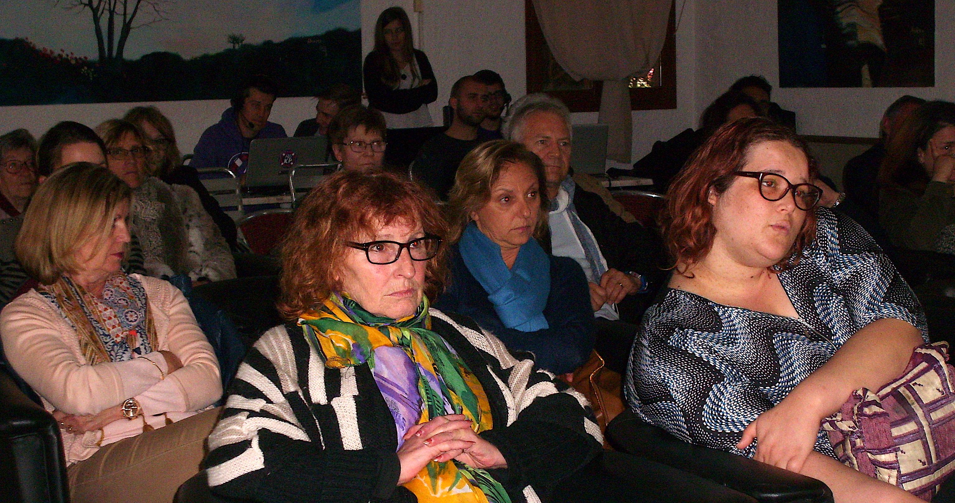 Porto-Vecchio ; Des jeunes se racontent au Golf de Lezza
