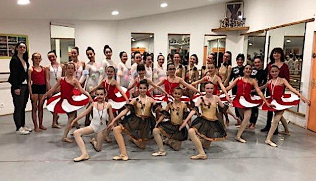 """Pour son 30e anniversaire l'Ecole de Danse """"Variation"""" de l'Ile-Rousse-Balagne se distingue à Bastia"""