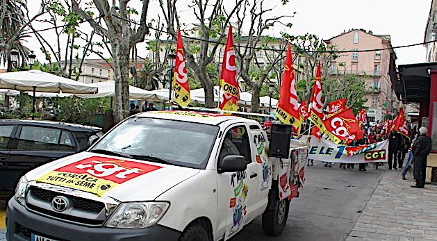 """1er-Mai : """"Une étape essentielle pour une grande victoire sociale"""" pour le PCF"""