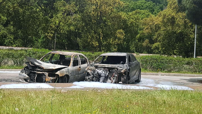 Feux de poubelles dans la région bastiaise, voitures incendiées à Ajaccio