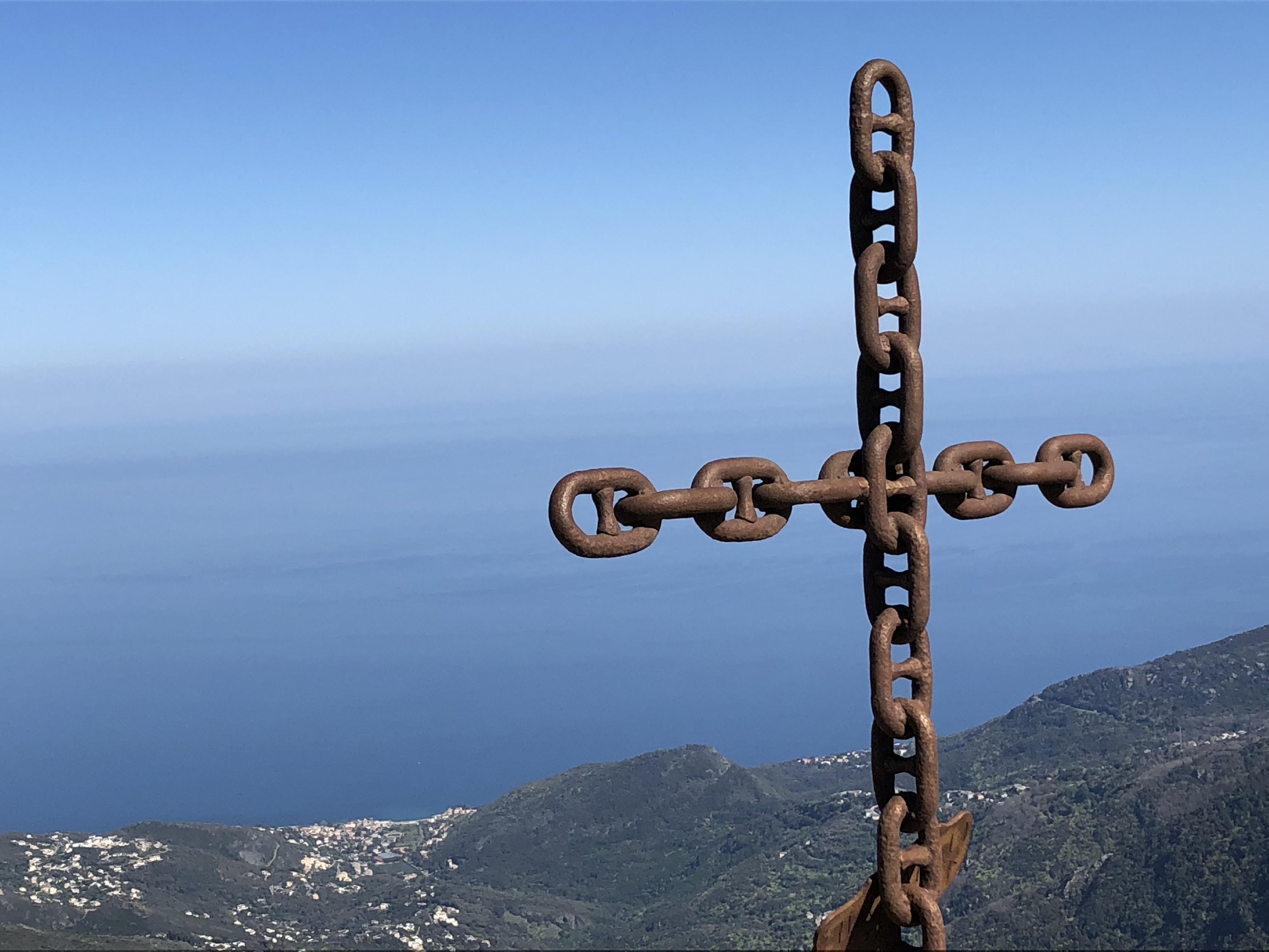 La photo du jour : Au-dessus de la vallée de Lota, U Cimone