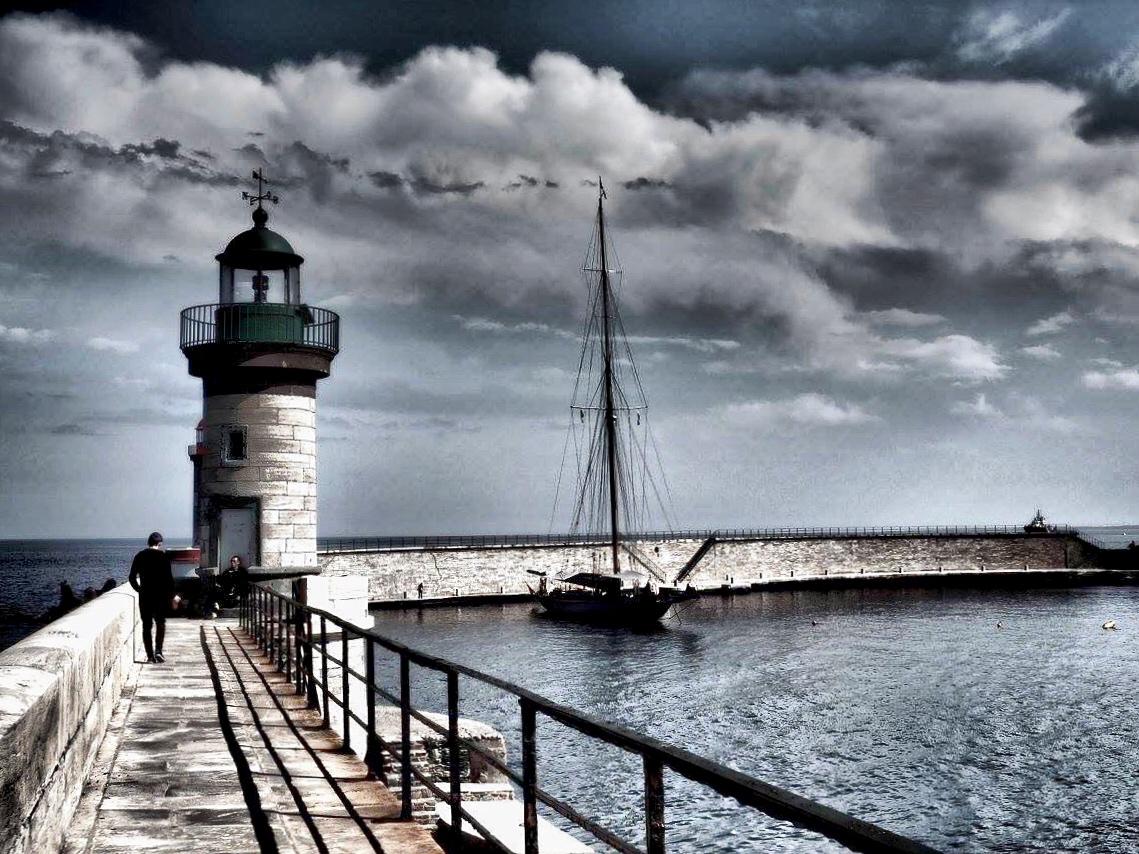 La photo du jour : Nuages noirs sur le Vieux-Port