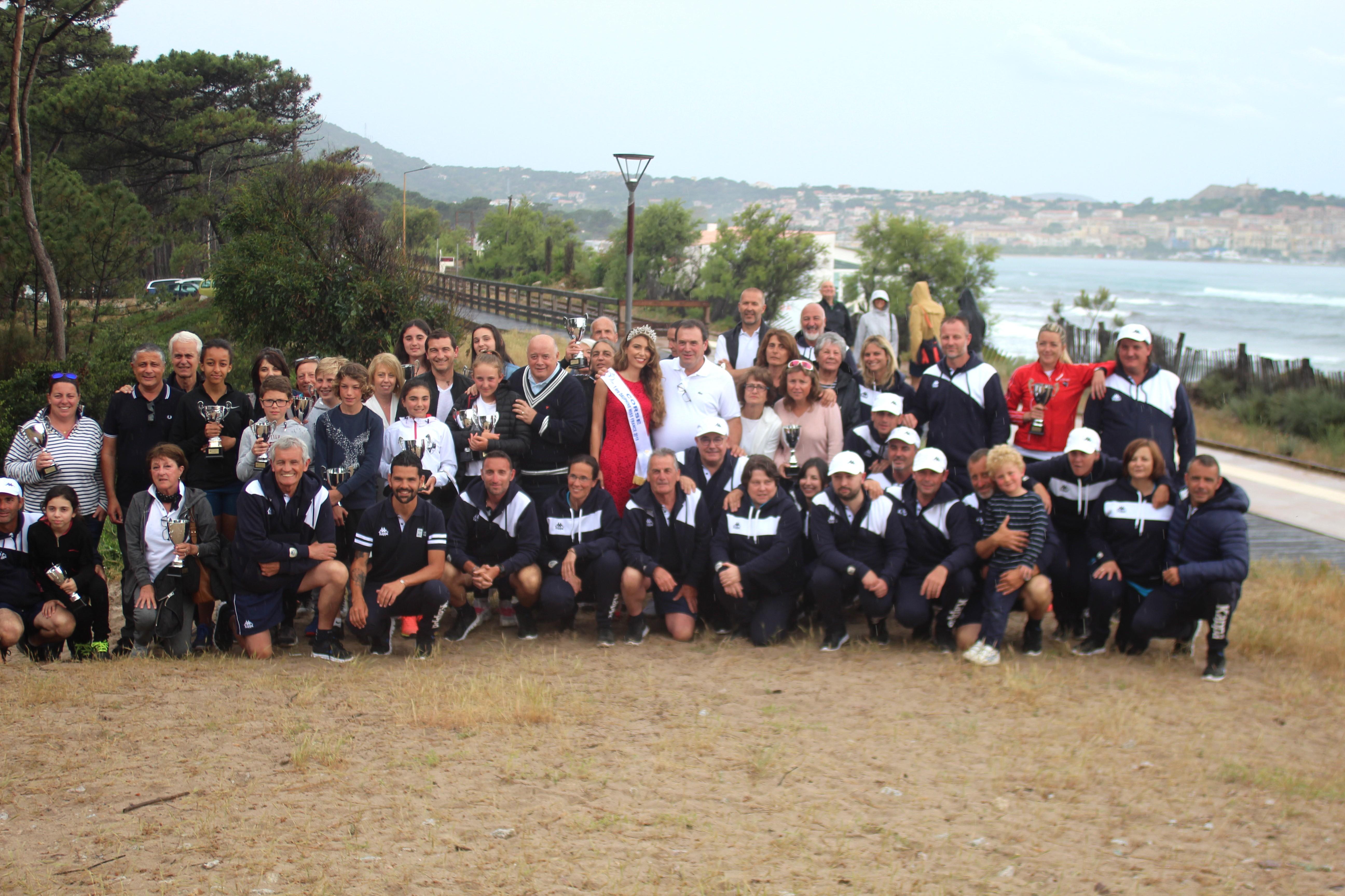 Remise des prix des championnats de Corse de tennis au club house du TC Calvi
