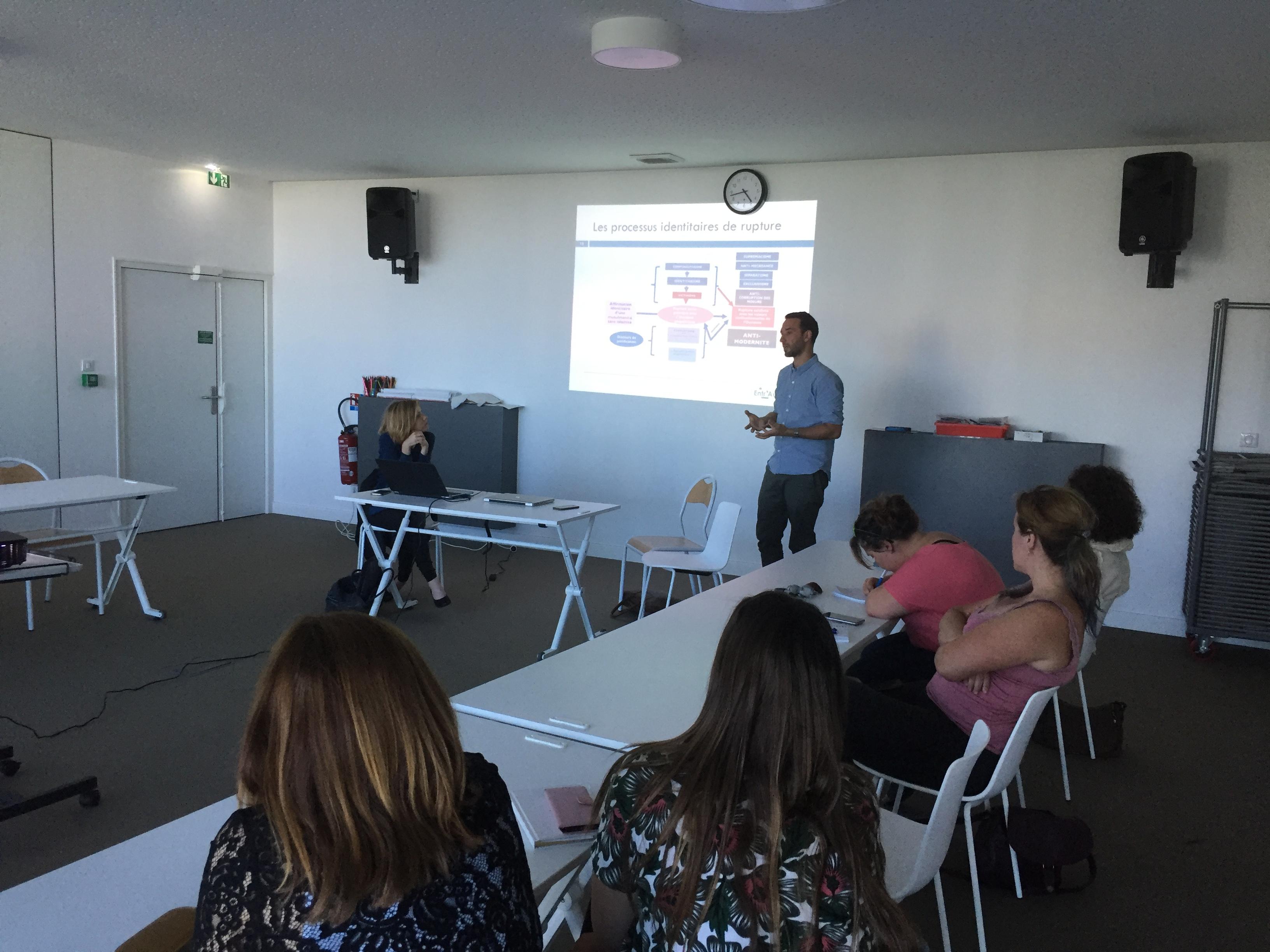 Bastia:  Une formation à la compréhension des processus de radicalisation!