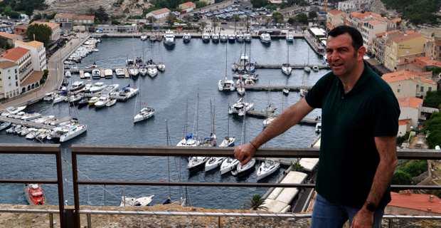Jean-Charles Orsucci, maire de Bonifacio, également conseiller territorial et président du groupe « Andà per Dumane » à l'Assemblée de Corse.