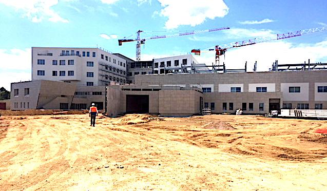 Hôpital d'Ajaccio Les délais seront respectés. Mais l'accès…