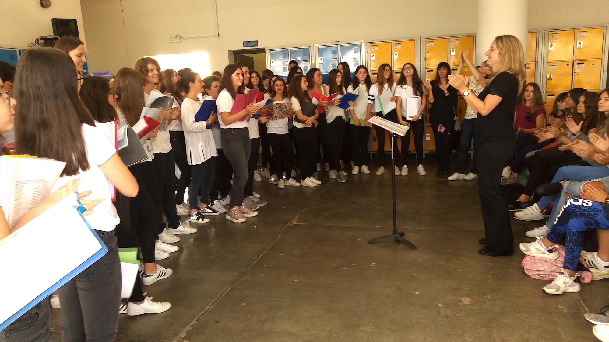 Collégiens de L'Ile-Rousse : La fin de l'année scolaire en chantant