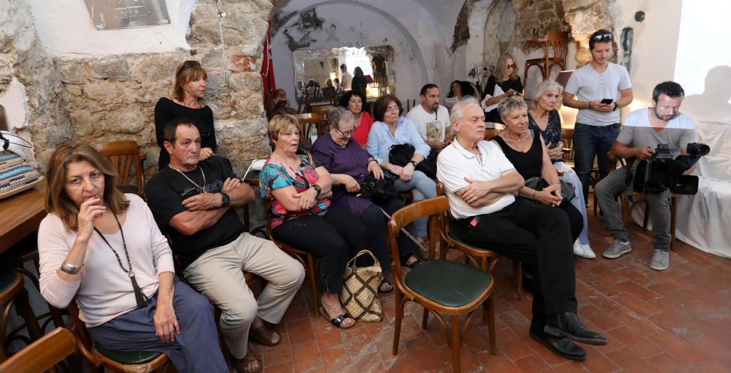 U Levante, le Garde et Pietralba dénoncent des «terres agricoles littorales bradées».