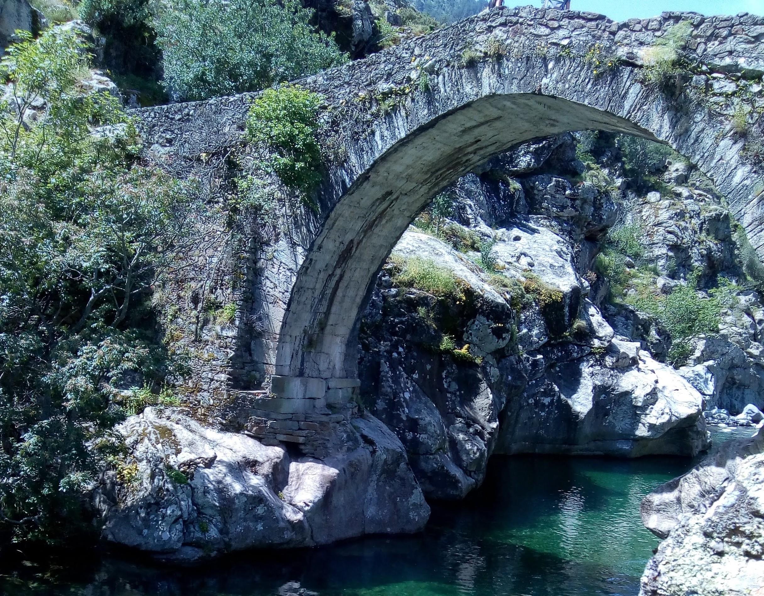 La photo du jour : Au pont génois d'Ascu