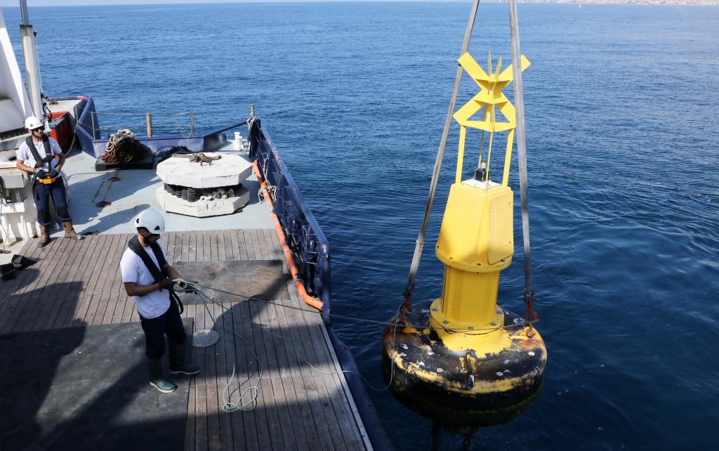 Deux corps morts éco-conçus viennent compléter les récifs artificiels dans le golfe d'Ajaccio