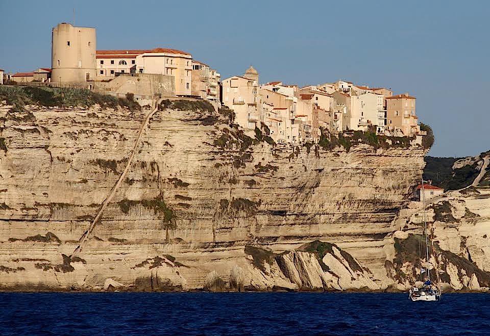 Sécurisation des falaises de Bonifacio : Mobilisation de tous les acteurs